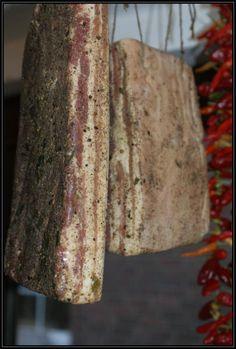 Klicke auf dieses Bild, um es in vollständiger Größe anzuzeigen. Hamburger Speck, Charcuterie, How To Make Sausage, Sausage Making, Smoking Meat, Chorizo, Carne, The Cure, Bbq