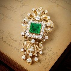 A Magnificent Victorian Emerald and Diamond Brooch. Us May babies LOVE emeralds! I Love Jewelry, Modern Jewelry, Fine Jewelry, Jewelry Design, Victorian Jewelry, Antique Jewelry, Vintage Jewelry, Gemstone Brooch, Diamond Brooch