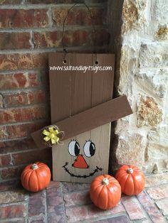 http://www.saltandlightsigns.com Thanksgiving wooden scarecrow door hang