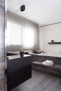 *bathroom design, modern interiors, grey palette*