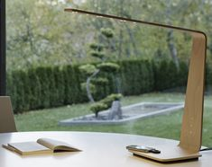 Wireless Charging Station Lamp by Tunto