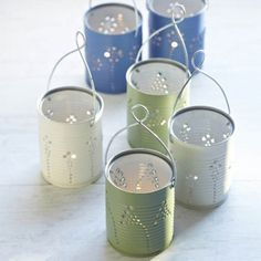 Goodness do I ever love DIY! Making Lights: DIY Tin Can Lanterns - Craftfoxes Tin Can Crafts, Fun Crafts, Arts And Crafts, Recycled Tin Cans, Recycled Crafts, Handmade Crafts, Handmade Rugs, Diy Projects To Try, Craft Projects