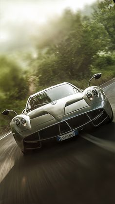 How is it that Pagani manages to cause me to have no interest in their vehicles at launch, thinking them too rediculous and fiddly. Then over time, they somehow change in my mind into the most glorious vehicles on earth. Pagani Huayra