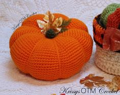 A Lovely Big Pumpkin! - Krissys Over The Mountain Crochet Crochet Fall, Holiday Crochet, Crochet Home, Crochet Crafts, Easy Crochet, Crochet Projects, Free Crochet, Crochet Things, Crochet Ideas