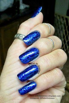 Blue and silver nail art idea nailsinspiration.com