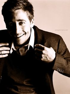 Isle of smiles: Jake Gyllenhaal