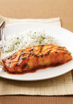 BBQ Salmon – Bust out of your grilling routine with this tender and delicious Healthy Living salmon recipe. Brown sugar and BBQ sauce combine for a sweet-savory dinnertime experience.