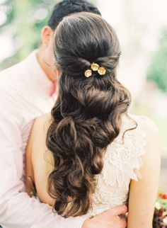 gorgeous curls | Jen Huang #wedding