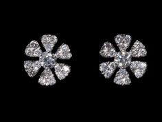 Flowers! Oorbellen. Earrings #Oorbellen #Earrings #Juwelen #Jewelry #LillyZeligman www.lillyzeligman.com