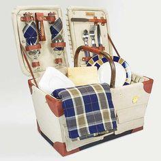 Ultimate picnic basket