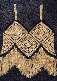 tığ işi bluz - yazlık bluz - crochet summer blouse Knitting TechniquesKnitting For KidsCrochet ProjectsCrochet Amigurumi Mode Crochet, Crochet Diy, Crochet Hook Set, Crochet Amigurumi, Crochet Woman, Crochet Gifts, Crochet Tops, Crochet Summer, Blouse Au Crochet