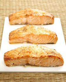 Ginger roasted salmon - salmon is full of protein, vitamin a, and omega fatty acids, which are essential to the proper functioning of the heart and brain. this recipe for ginger roasted salmon is both good tasting and extremely good for you. Salmon Recipes, Fish Recipes, Seafood Recipes, Great Recipes, Cooking Recipes, Favorite Recipes, Healthy Recipes, Amazing Recipes, Cooking Ideas