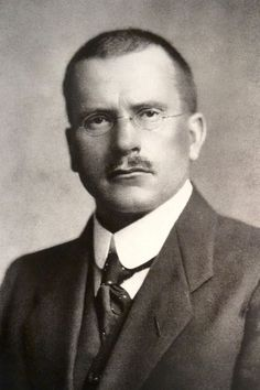 A series of Business Tips from Carl Jung Carl Gustav Jung July 1875 – 6 June was a Swiss psychiatrist and psychoanalyst who founded analytical psychology. His work has been influential no… Carl Jung Frases, Carl G Jung, Father Of Psychology, Adrian Michael, Gustav Jung, Apa Style, Red Books, Sigmund Freud, Founding Fathers