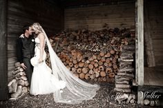 Barn Wedding Photography. Photograhy Copyright Joanna Walker Photography