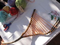 Today Erin and I decided to do some branch weaving and we have put together a little tutorial for you:) Materials: Beautiful, colourful yar. Weaving Projects, Weaving Art, Diy And Crafts, Crafts For Kids, Arts And Crafts, Stick Art, Preschool Art, Nature Crafts, Fabric Art