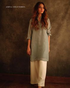 Best 12 Order contact my WhatsApp number 7874133176 Pakistani Fashion Casual, Pakistani Dresses Casual, Pakistani Dress Design, Indian Fashion, Kurta Designs, Kurti Designs Party Wear, Indian Attire, Indian Wear, Indian Outfits