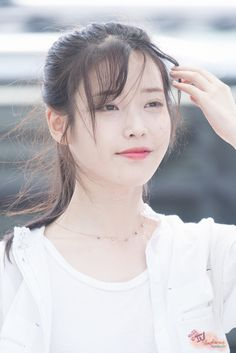 IU 160722 Incheon Airport departing for Nanjing  See more at http://kindofviral.com/category/celebrity/