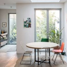 A Classical Townhouse In Belguim Gets a Modern Makeover | DesignSponge