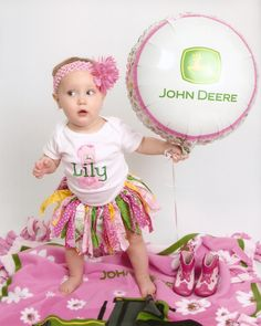 1st Birthday/ omg I am so in love this is sooooo cute Cerita you need to have a little girl k thanks