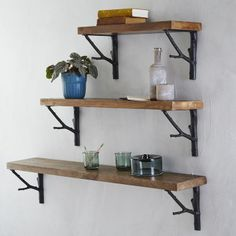 Love these shelves! Waltzingmatilda tumblr