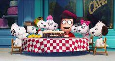 The Peanuts movie: after credits bonus scene: Snoopy celebration Peanuts Gang, Peanuts Movie, Peanuts Cartoon, Peanuts Characters, Cartoon Characters, Lucy Van Pelt, Linus Van Pelt, Snoopy Love, Charlie Brown Snoopy
