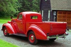 1937 Studebaker Coupe Express Pickup.