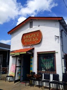 9 Best Cheap Restaurants in New Orleans Need A Vacation, Vacation Places, Vacation Spots, Places To Travel, Dream Vacations, Travel Destinations, New Orleans Vacation, New Orleans Travel, New Orleans Louisiana