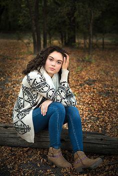 Kiera's 2016 senior portrait session at Double B Ranch in Wylie, Tx #seniorportraits #Allen High School