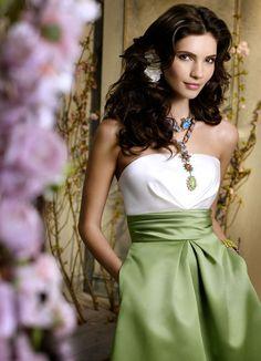 Elegant A-Line Strapless Neckline Short/ Mini-Length Bridesmaid Dresses