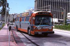 Miami: Dade County Metropolitan Transit Authority (MTA) No. 195 (100 Series, in 1971) 1971 GM TDH-5306, via Flickr.