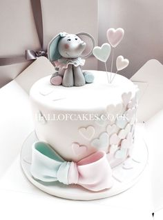 Elefant-Babyparty-Kuchen durch Hall of Cakes - Elephant Baby Shower Cake by Hall of Cakes reveal ideas Elephant Birthday Cakes, Elephant Baby Shower Cake, Elephant Cakes, Baby Birthday Cakes, Baby Girl Birthday, Birthday Parties, Baby Cakes, Baby Reveal Cakes, Girl Cakes