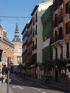 Edificios históricos de Madrid Madrid, Street View, Temple