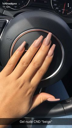 Semi-permanent varnish, false nails, patches: which manicure to choose? - My Nails Simple Acrylic Nails, Summer Acrylic Nails, Best Acrylic Nails, Acrylic Nail Designs, Simple Nails, Summer Nails, Natural Acrylic Nails, Acrylic Art, Aycrlic Nails