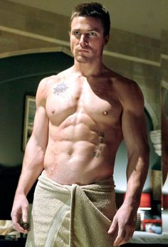 Shirtless CW Stars: Stephen Amell from Arrow. Does most of his own stunts...