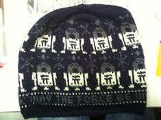 Free knitting pattern for R2D2 beanie hat and more Star Wars knitting pattern