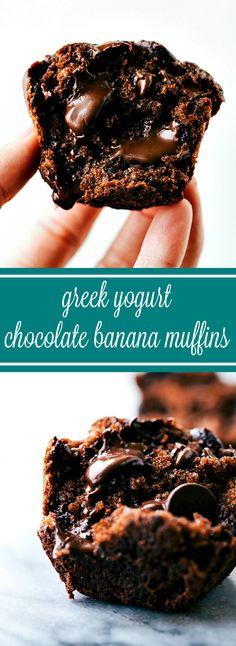 Greek Yogurt Chocolate Banana Muffins. Healthy Banana Muffins, Chocolate Banana Muffins, Chocolate Chips, Chocolate Lovers, Banana Yogurt Muffins, Cake Chocolate, Baked Banana, Vegan Chocolate, Chocolate Fondue