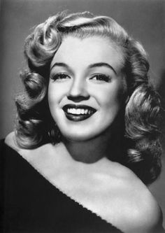 Todays 1940s hair & makeup inspiration Marilyn Monroe