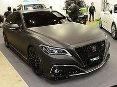 Exceptional Cute cars photos are offered on our site. Lexus 300, Toyota Crown, Lux Cars, Best Muscle Cars, Car Photos, Car Show, Buick, Cars And Motorcycles, Dream Cars