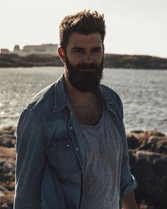 Denim and beard. @slackerblack