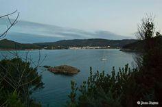 Illote del Castro al lado  de la playa de Vilela en Bares - La Coruña / Galicia      12615276_1998268357065789_616609253742710406_o.jpg (2048×1361)