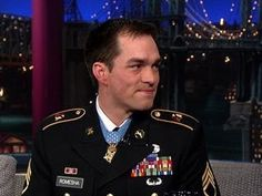 TV BREAKING NEWS David Letterman - Staff Sgt. Clinton Romesha In Afghanistan - http://tvnews.me/david-letterman-staff-sgt-clinton-romesha-in-afghanistan/