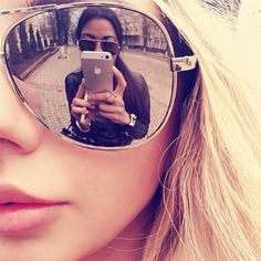 Cheap Ray Ban Sunglasses Sale, Ray Ban Outlet Online Store : - Lens Types Frame Types Collections Shop By Model Cheap Ray Ban Sunglasses, Sunglasses Sale, Sunglasses Women, Tumblr Bff, Bff Poses, Best Friend Photography, School Photography, Prom Couples, Best Friend Pictures