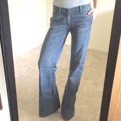 I just discovered this while shopping on Poshmark: Medium wash flare jeans. Check it out! Price: $22 Size: 2T