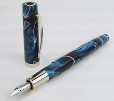 The Gold Standard: OMAS New Bologna Fountain Pen Review