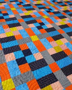 Lockstep quilt pattern PDF download. Modern quilt in throw and queen sizes. Quilting by Leanne Harvey of Mount Vincent Quilts. Pouffe Pattern, Star Patterns, Quilt Patterns, Bed Sizes, Queen Beds, Quilt Making, Favorite Color, Upcycle, Household