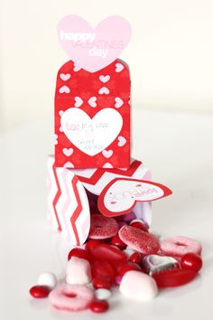 Valentine gift boxes: fill with treats, notes or a gift