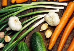 Efectele benefice ale usturoiului Ale, Carrots, Cancer, Vegetables, Food, Ale Beer, Essen, Carrot, Vegetable Recipes