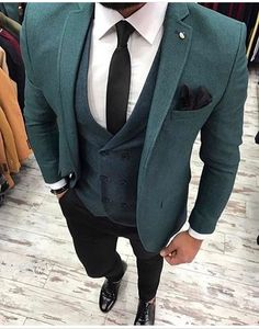 A Three Piece suit is a man's finest and most intelligent clothing purchase He can make. These suits offer a plethora of outfit combinations when combined with a man's established wardrobe, Mens Fashion Suits, Mens Suits, Blazer Fashion, Tweed Men, Designer Suits For Men, Herren Outfit, Three Piece Suit, 3 Piece, Suit And Tie