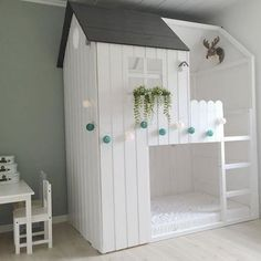 Camas litera diseño casita para habitación infantil