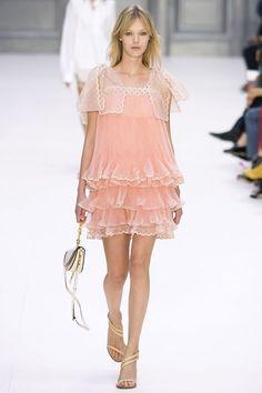 Chloé feminine look! #PFW